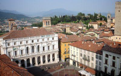 Bergamo, een van de mooiste en schilderachtigste steden in Noord-Italië